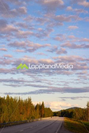 Bilväg mellan Gällivare och Töre :Road between Gällivare and Töre, Sweden - Lappland Media