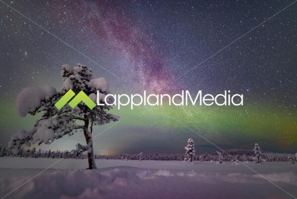 Vintergatan och norrsken, Kiruna :Milky way and northern lights, Kiruna, Swedish Lapland - Lappland Media
